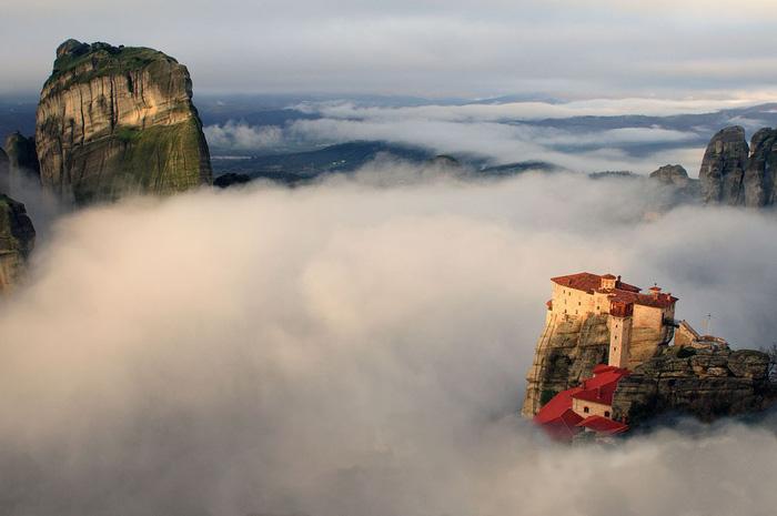 Độc đáo tu viện Meteora lơ lửng trên núi tại Hy Lạp - Ảnh 13.