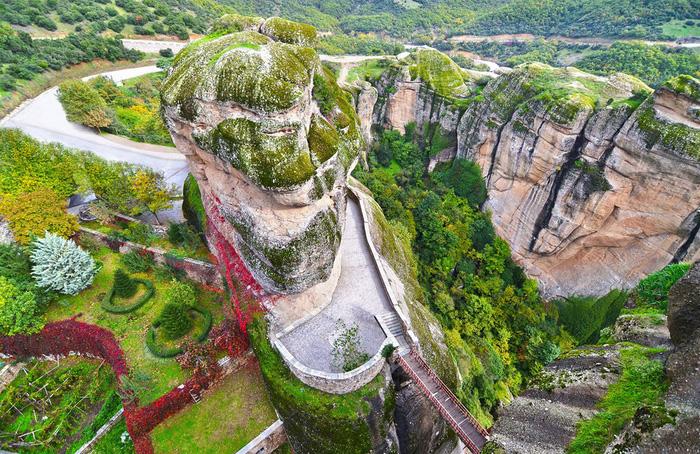 Độc đáo tu viện Meteora lơ lửng trên núi tại Hy Lạp - Ảnh 15.