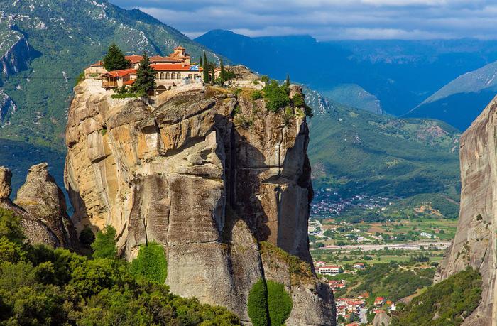 Độc đáo tu viện Meteora lơ lửng trên núi tại Hy Lạp - Ảnh 18.
