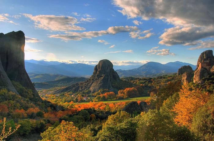 Độc đáo tu viện Meteora lơ lửng trên núi tại Hy Lạp - Ảnh 19.