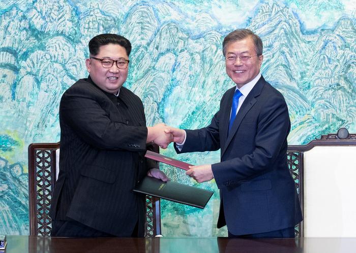 Hàn Quốc - Triều Tiên cùng tuyên bố sẽ không còn chiến tranh - Ảnh 3.