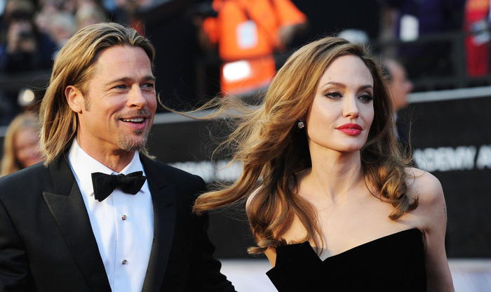 Brad Pitt và Angelina Jolie đồng ý 'dứt điểm' chuyện ly hôn - Ảnh 1.