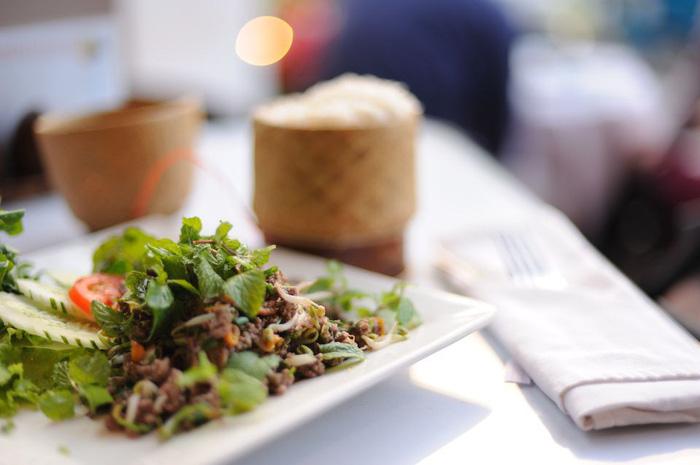 9 món ăn nhất định phải thử khi đến Lào - Ảnh 2.