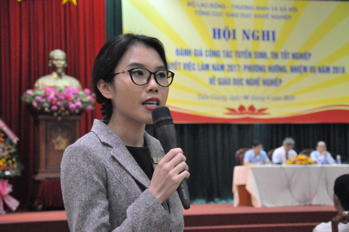 Đại diện Tập đoàn VinGroup chia sẻ về nhu cầu tuyển dụng của tập đoàn - Ảnh: THANH TÚ