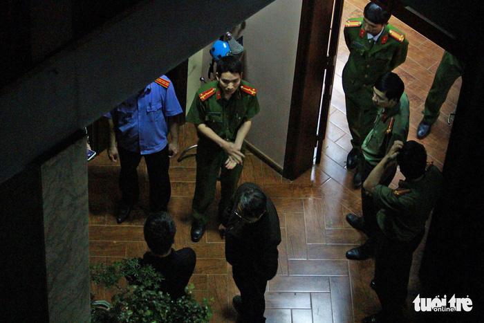 Lý do khiến cựu tổng cục trưởng cảnh sát Phan Văn Vĩnh bị bắt - Ảnh 4.