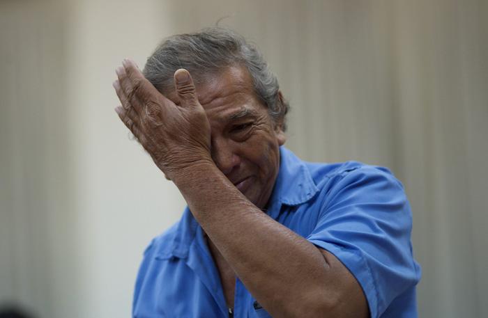 Dân Thủ Thiêm rơi nước mắt kiến nghị với đại biểu quốc hội - Ảnh 7.