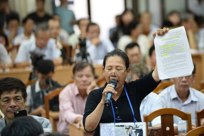 Dân Thủ Thiêm rơi nước mắt kiến nghị với đại biểu quốc hội - Ảnh 6.
