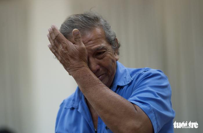 Dân Thủ Thiêm rơi nước mắt kiến nghị với đại biểu Quốc hội - Ảnh 5.