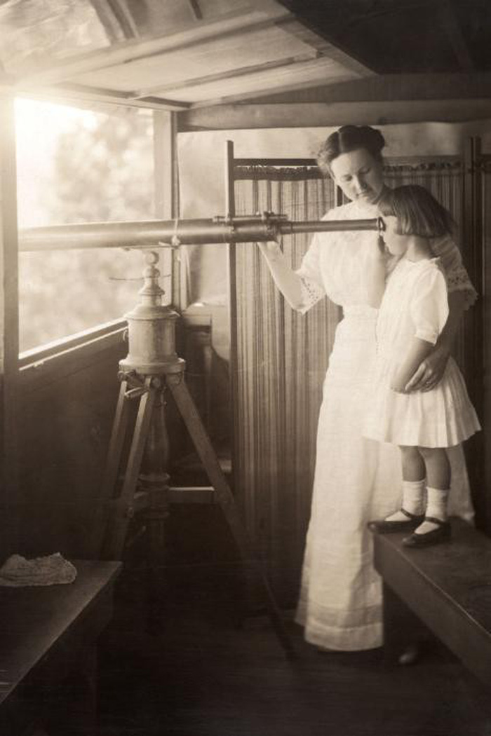 Ngày của mẹ: 100 năm hình ảnh người mẹ qua bộ ảnh xưa - Ảnh 4.