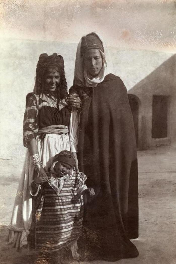 Ngày của mẹ: 100 năm hình ảnh người mẹ qua bộ ảnh xưa - Ảnh 5.