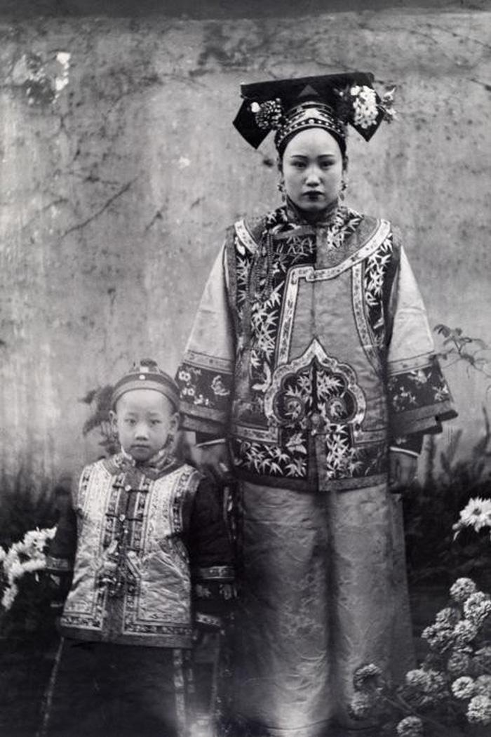Ngày của mẹ: 100 năm hình ảnh người mẹ qua bộ ảnh xưa - Ảnh 10.