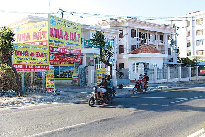 Sắp lên đặc khu, Bắc Vân Phong xuất hiện nạn đòi tiền bảo kê - Ảnh 1.