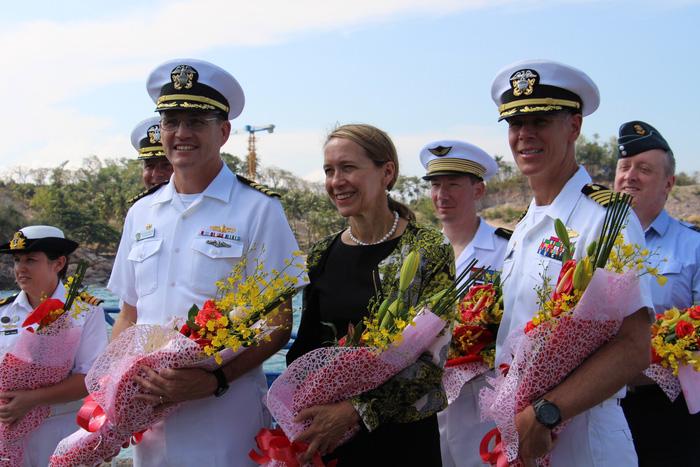 Siêu bệnh viện USNS Mercy của Hải quân Mỹ đến Nha Trang - Ảnh 4.