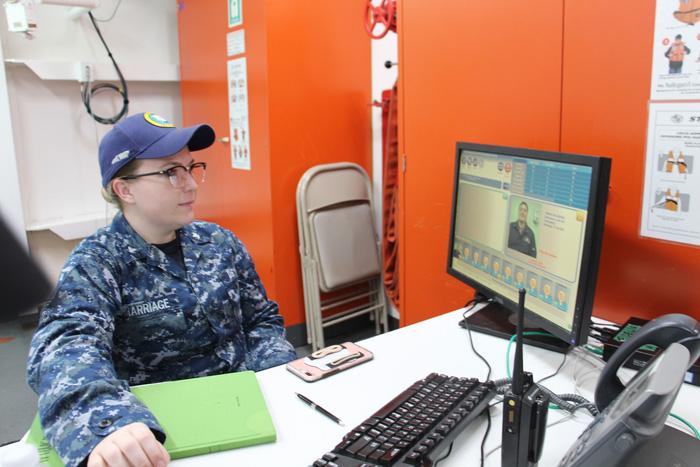Siêu bệnh viện USNS Mercy của Hải quân Mỹ đến Nha Trang - Ảnh 21.