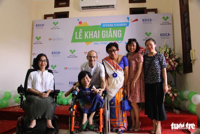 'Hạt mầm ước mơ' cho người khuyết tật - ảnh 4