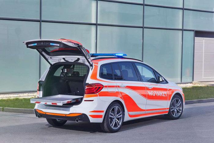BMW ra mắt 6 mẫu xe cảnh sát - chữa cháy - cứu thương - Ảnh 2.