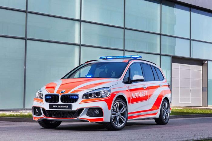BMW ra mắt 6 mẫu xe cảnh sát - chữa cháy - cứu thương - Ảnh 4.
