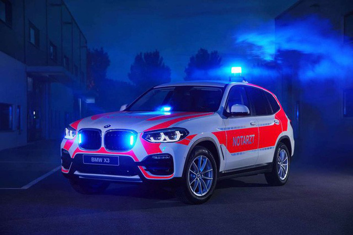 BMW ra mắt 6 mẫu xe cảnh sát - chữa cháy - cứu thương - Ảnh 3.