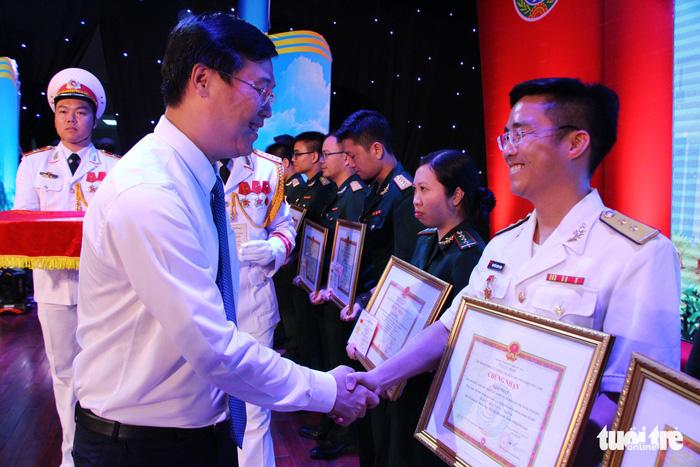Trao giải thưởng 'Tuổi trẻ sáng tạo' trong quân đội - ảnh 2