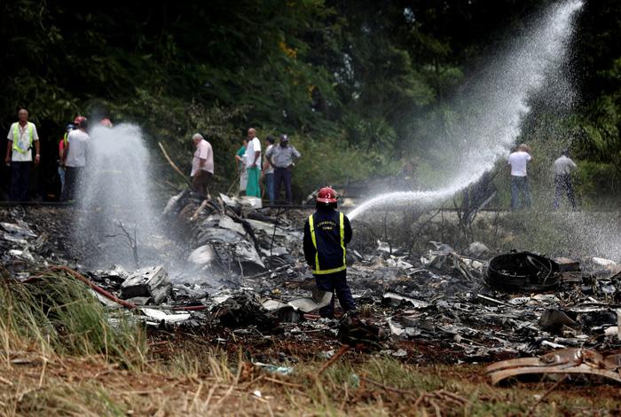 Máy bay rơi ở Cuba, hơn 100 hành khách thiệt mạng - Ảnh 1.