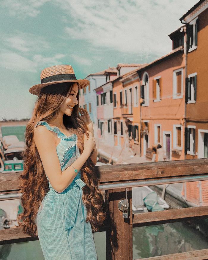Cô gái gốc Việt gây sốt vì mái tóc như Công chúa tóc mây - Ảnh 6.