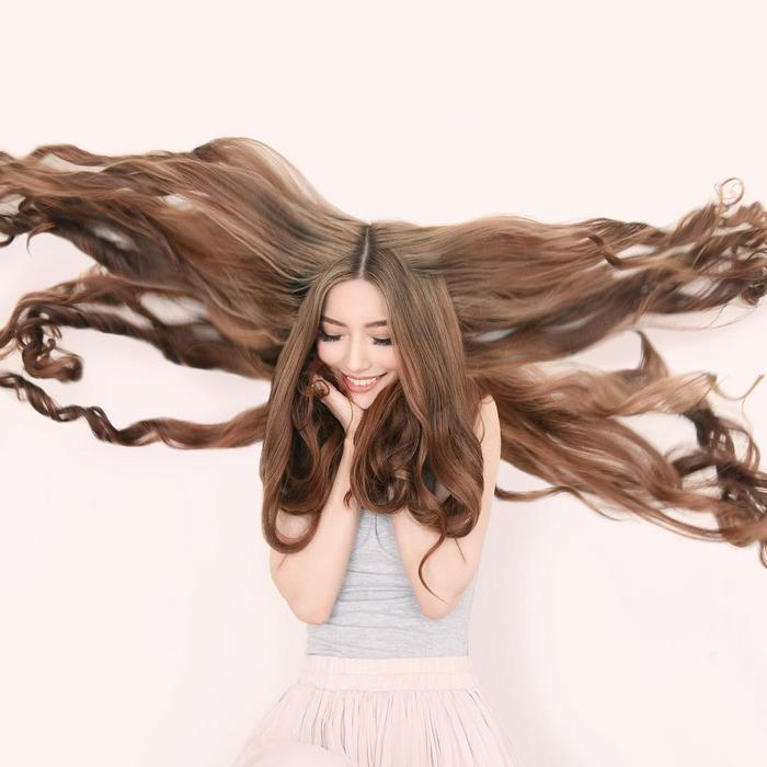 Cô gái gốc Việt gây sốt vì mái tóc như Công chúa tóc mây - Ảnh 8.