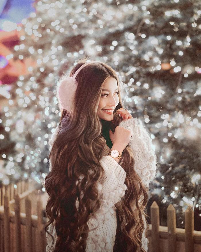 Cô gái gốc Việt gây sốt vì mái tóc như Công chúa tóc mây - Ảnh 13.