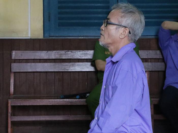 Giảm án cho người chồng đánh chết lái xe ngủ cạnh vợ mình