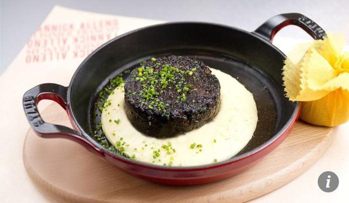 Tim rắn hổ mang còn đập vào top món ăn kinh dị nhất thế giới - Ảnh 17.