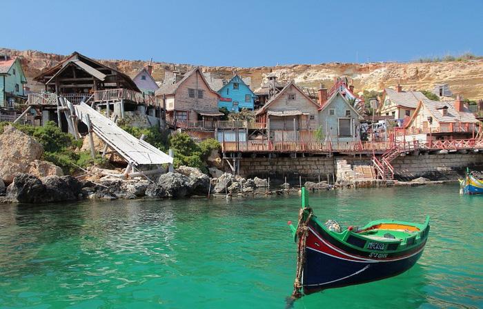 Kỳ bí ngôi làng của thủy thủ Popeye ở Malta - Ảnh 5.