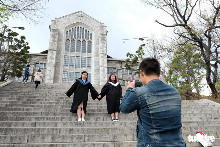 Ngắm nhan sắc Đại học nữ lớn nhất thế giới - Ảnh 10.