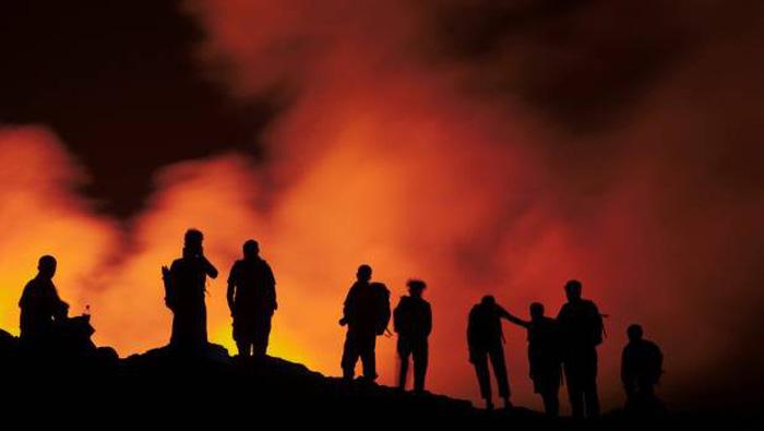 7 điều cần nhớ để bảo toàn tính mạng khi xem núi lửa - Ảnh 2.