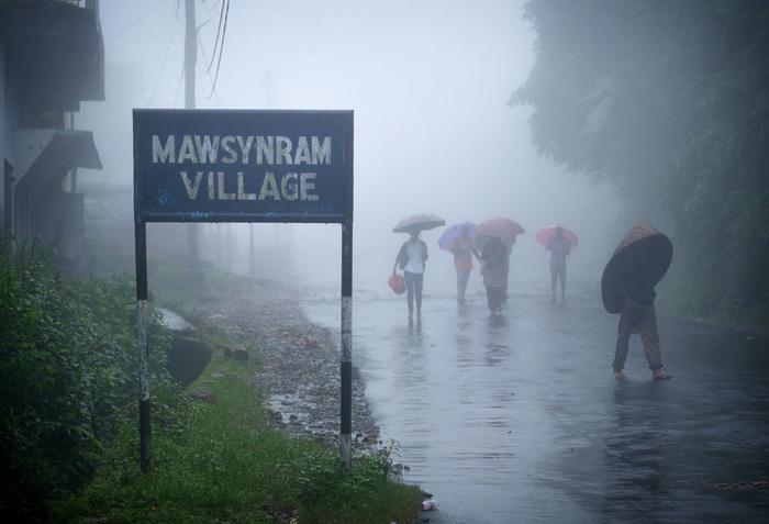 Nơi nào nhiều mưa, sét, bão nhất thế giới? - Ảnh 1.