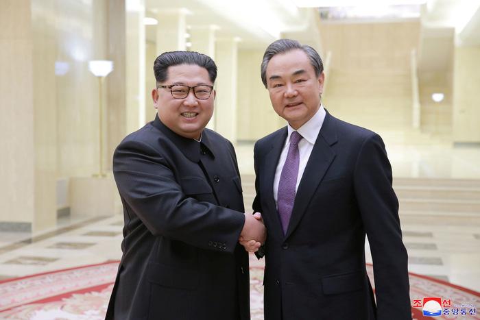 Ông Kim vừa rời Trung Quốc, ông Trump điện cho 'ông bạn Tập' - Ảnh 5.