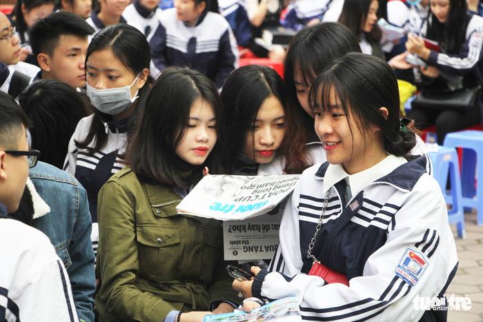 Gần 40% học sinh THPT ở Nghệ An chỉ dự thi để xét tốt nghiệp - Ảnh 1.