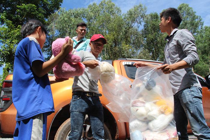 Ngày 1-6 ý nghĩa của 80 trẻ ở bãi rác trên đảo Phú Quốc - Ảnh 1.