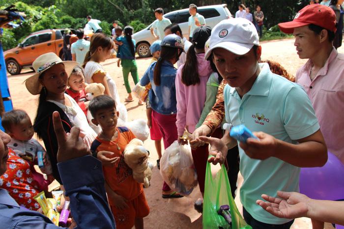 Ngày 1-6 ý nghĩa của 80 trẻ ở bãi rác trên đảo Phú Quốc - Ảnh 3.