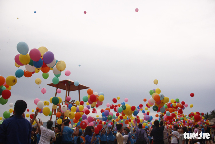 Bóng ước mơ của hơn 600 em nhỏ khuyết tật được thả lên trời - Ảnh 5.