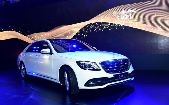 Mercedes-Benz ra mắt S-Class mới tại Việt Nam, đã có 100 lượt mua - Ảnh 1.