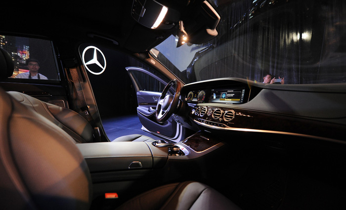 Mercedes-Benz ra mắt S-Class mới tại Việt Nam, đã có 100 lượt mua - Ảnh 3.