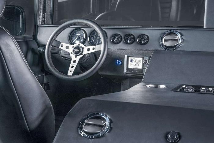 Xuất hiện bản độ đắt tiền của Hummer - Launch Edition H1 - Ảnh 2.