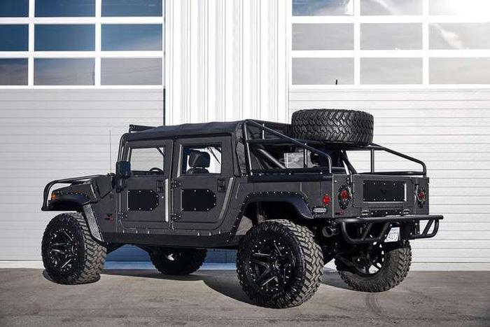 Xuất hiện bản độ đắt tiền của Hummer - Launch Edition H1 - Ảnh 1.