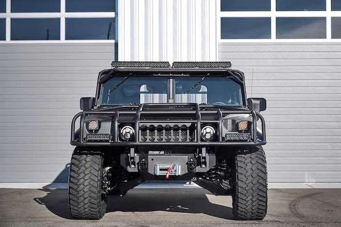 Xuất hiện bản độ đắt tiền của Hummer - Launch Edition H1 - Ảnh 5.