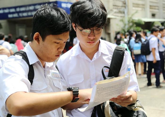 Công bố điểm chuẩn tuyển sinh lớp 10 chuyên TP.HCM - Ảnh 3.