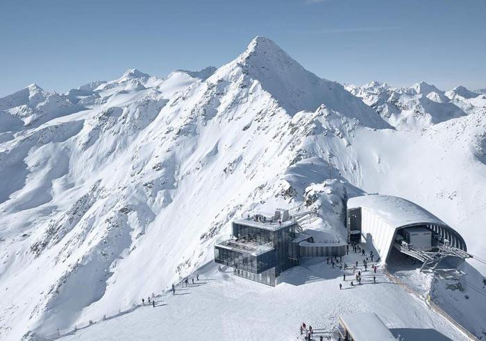 Bảo tàng James Bond trên núi Alps - bối cảnh phim Spectre - Ảnh 2.