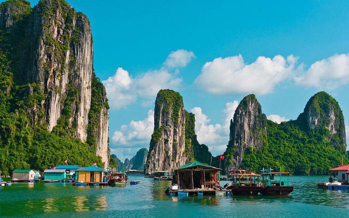Bộ Văn hóa từ chối dự án dịch vụ trong lõi di sản Vịnh Hạ Long - Ảnh 1.