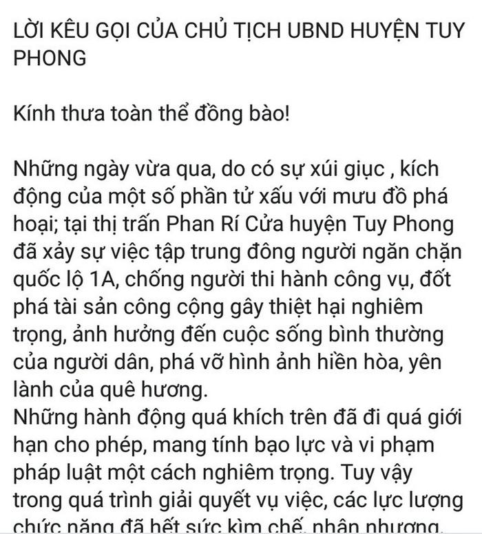 Chủ tịch huyện Tuy Phong dùng Facebook kêu gọi người dân tránh bị xúi giục - Ảnh 1.