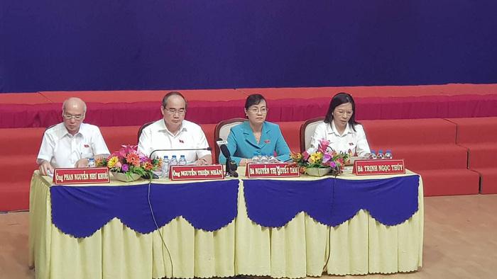 Hàng trăm cử tri Thủ Thiêm dự tiếp xúc với Bí thư Nguyễn Thiện Nhân - Ảnh 5.