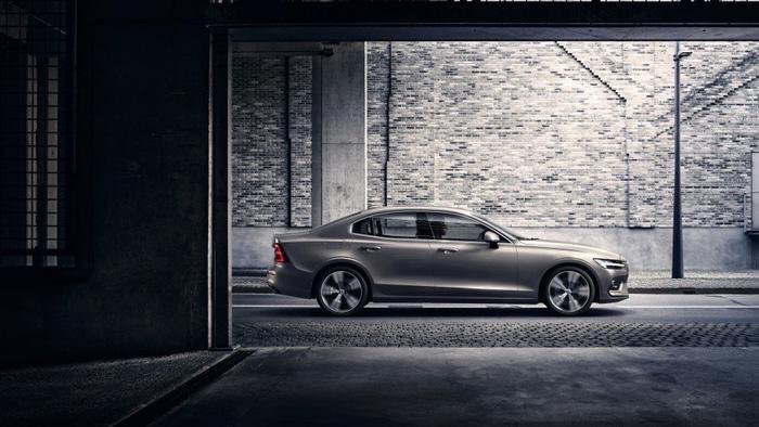 Volvo S60 2019 trình làng tại Mỹ, giá 35.800 USD - Ảnh 2.