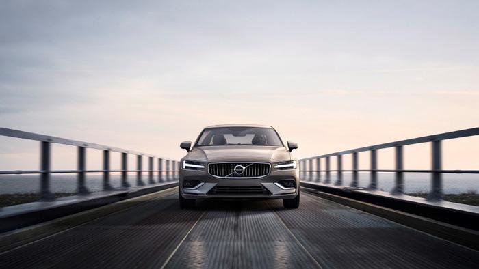 Volvo S60 2019 trình làng tại Mỹ, giá 35.800 USD - Ảnh 1.